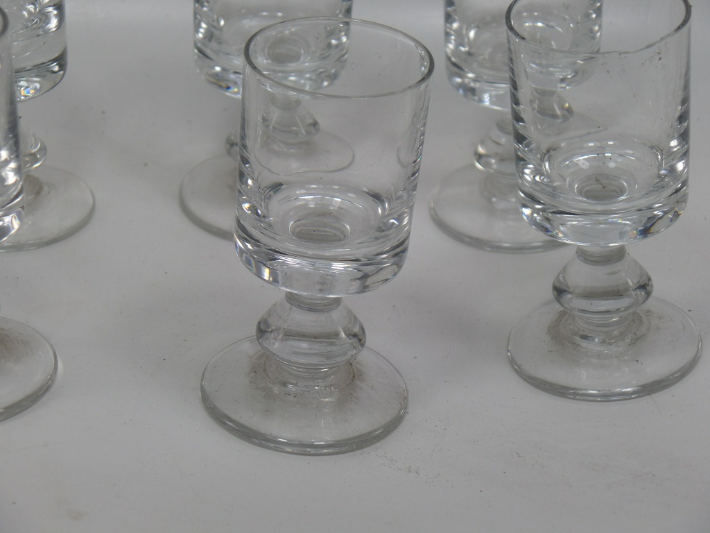 lot de 9 verre a digestif vintage french bistrot glasses ebay. Black Bedroom Furniture Sets. Home Design Ideas